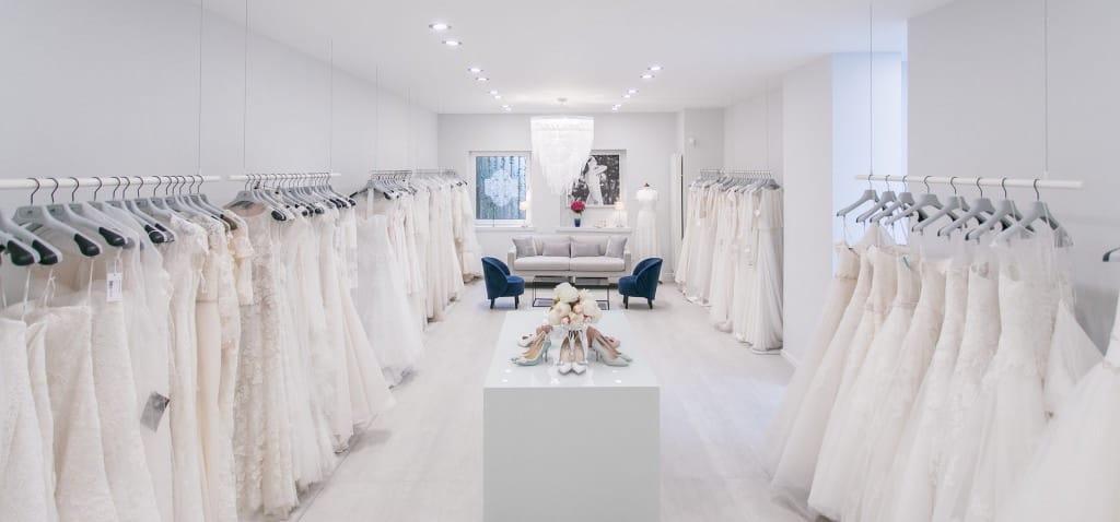 Kleiderstangen höhenverstellbar für Brautmoden