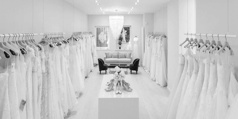 Kleiderstangensystem für Brautmoden Geschäfte aus Edelstahl. Für die Decke