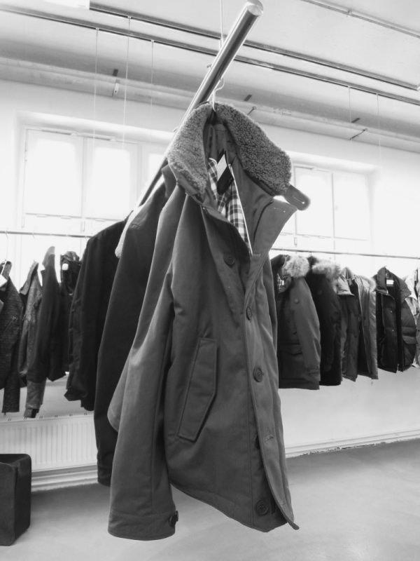 Kleiderstangensystem für Showrooms. Boutiquen