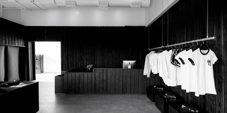 Kleiderstangensystem Edelstahl freihängend