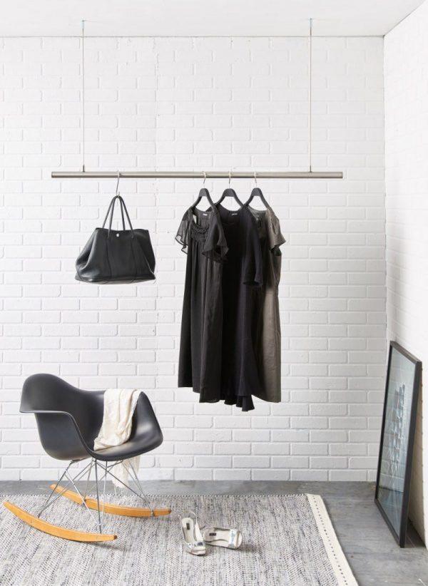 hoehenverstellbare kleiderstange zum aufhaengen an der Decke